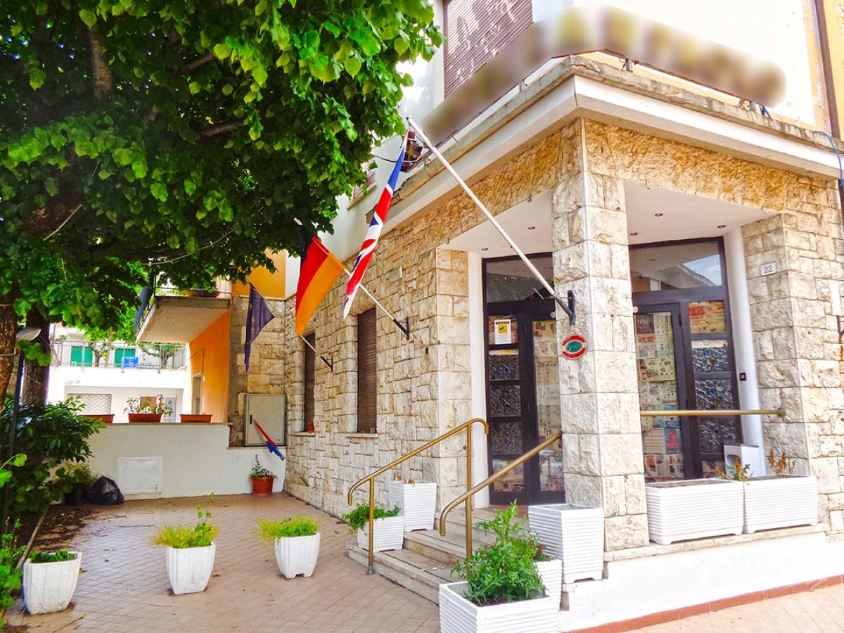 Albergo a CHIANCIANO TERME in Via Paolo Ingegnoli 4