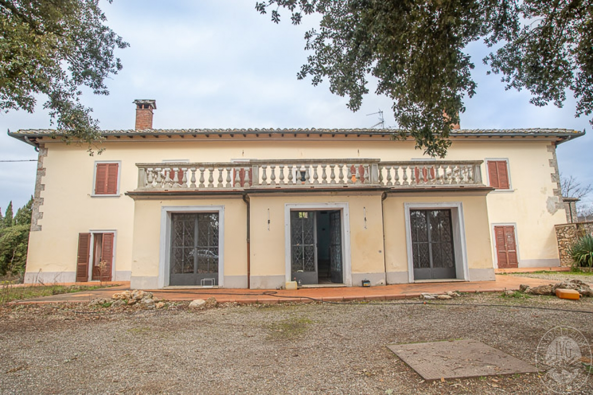 Villa e ristorante a CASOLE D'ELSA in loc. Mucellena-Maggiano 6