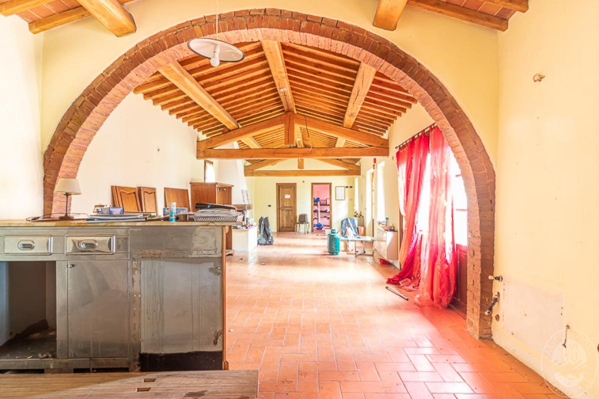 Villa e ristorante a CASOLE D'ELSA in loc. Mucellena-Maggiano 8