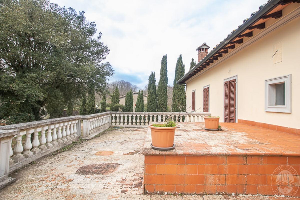 Villa e ristorante a CASOLE D'ELSA in loc. Mucellena-Maggiano 15