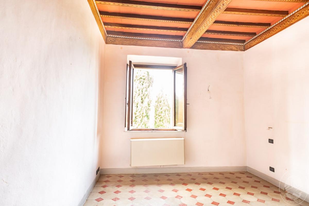 Villa e ristorante a CASOLE D'ELSA in loc. Mucellena-Maggiano 17