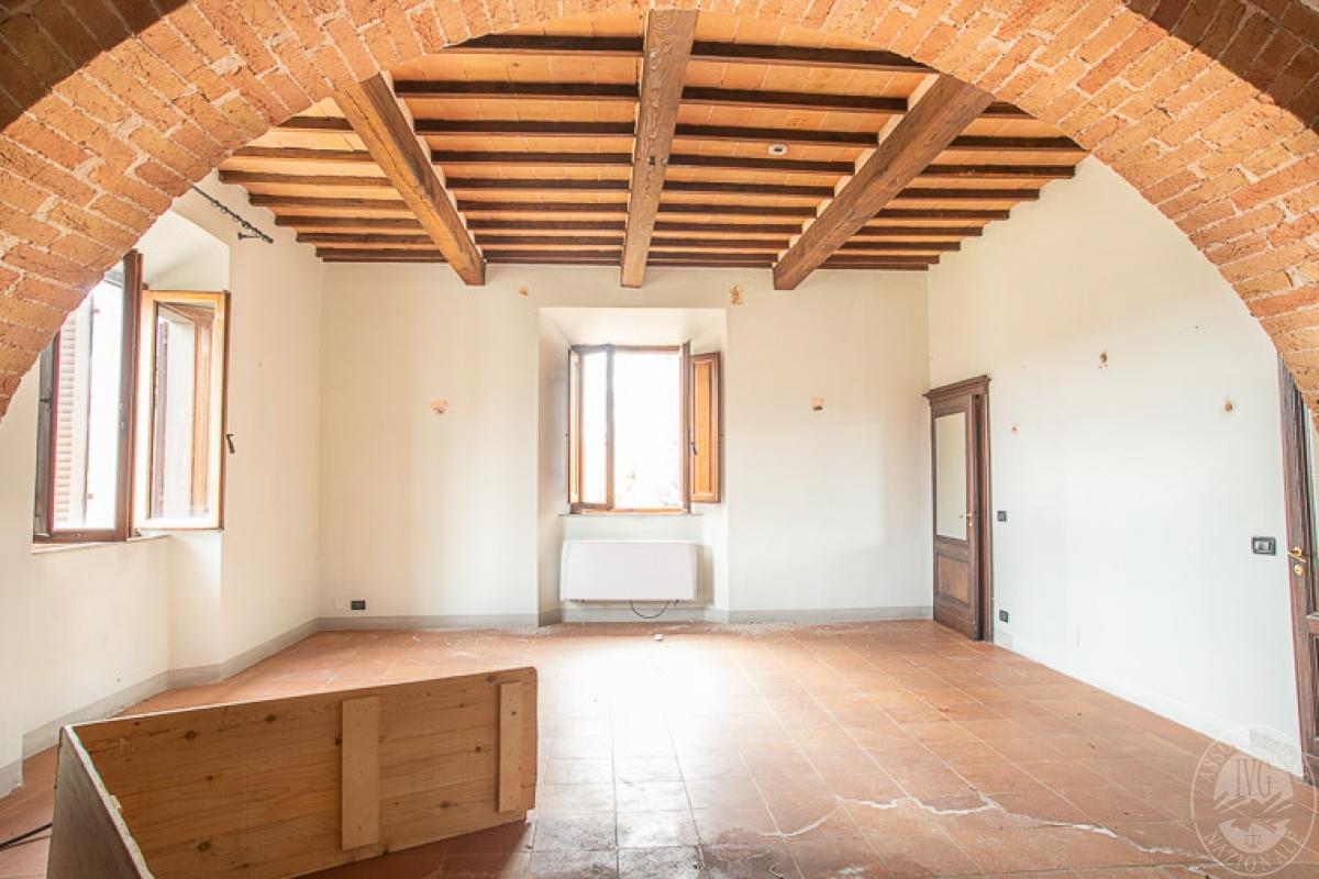 Villa e ristorante a CASOLE D'ELSA in loc. Mucellena-Maggiano 19