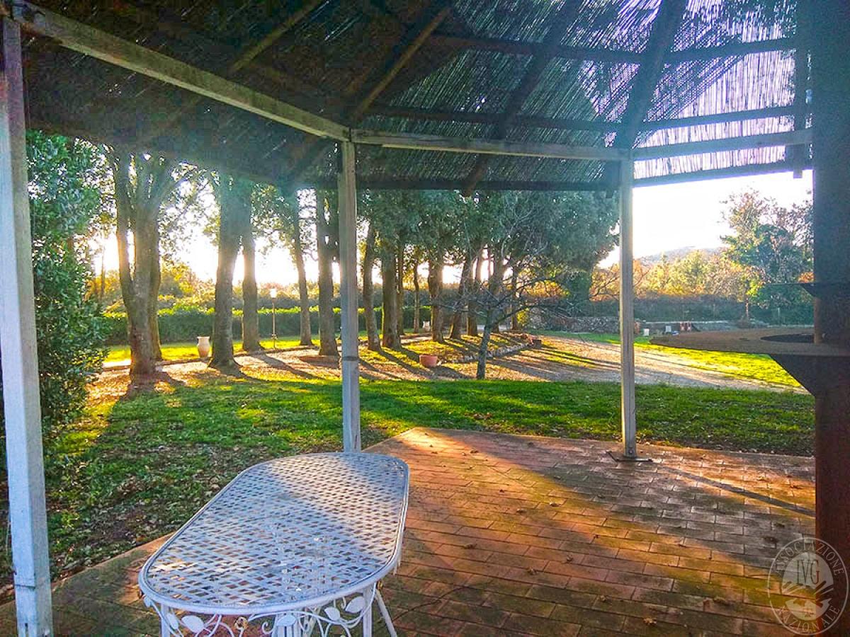 Villa e ristorante a CASOLE D'ELSA in loc. Mucellena-Maggiano 28