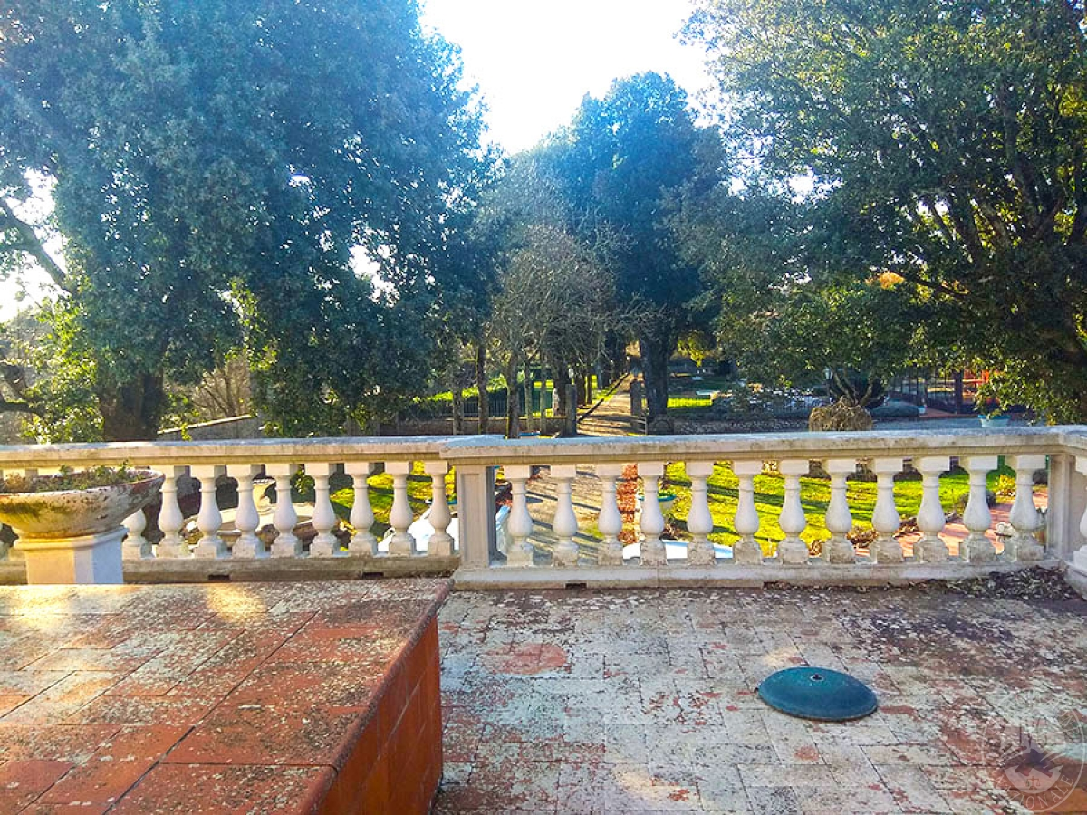 Villa e ristorante a CASOLE D'ELSA in loc. Mucellena-Maggiano 44