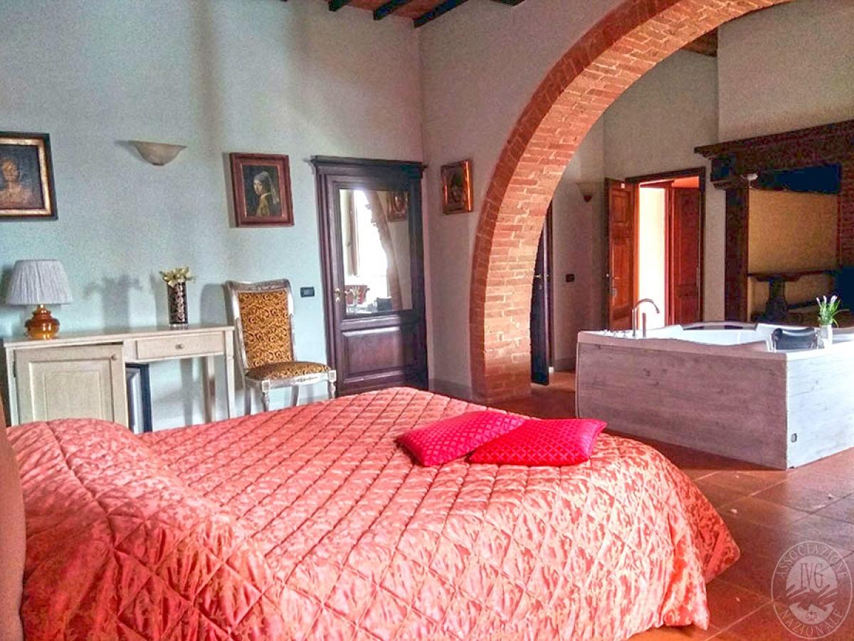 Villa e ristorante a CASOLE D'ELSA in loc. Mucellena-Maggiano 58