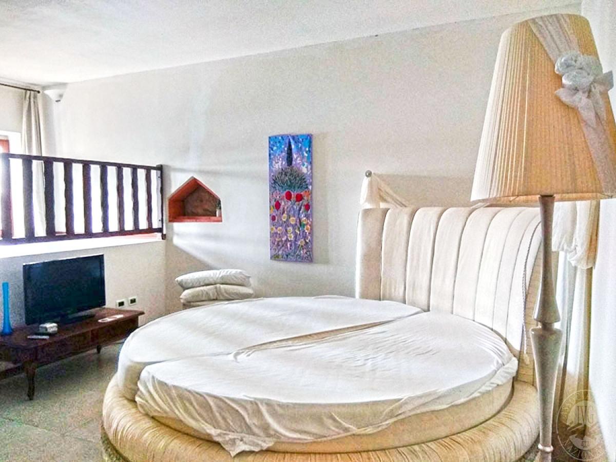 Villa e ristorante a CASOLE D'ELSA in loc. Mucellena-Maggiano 73