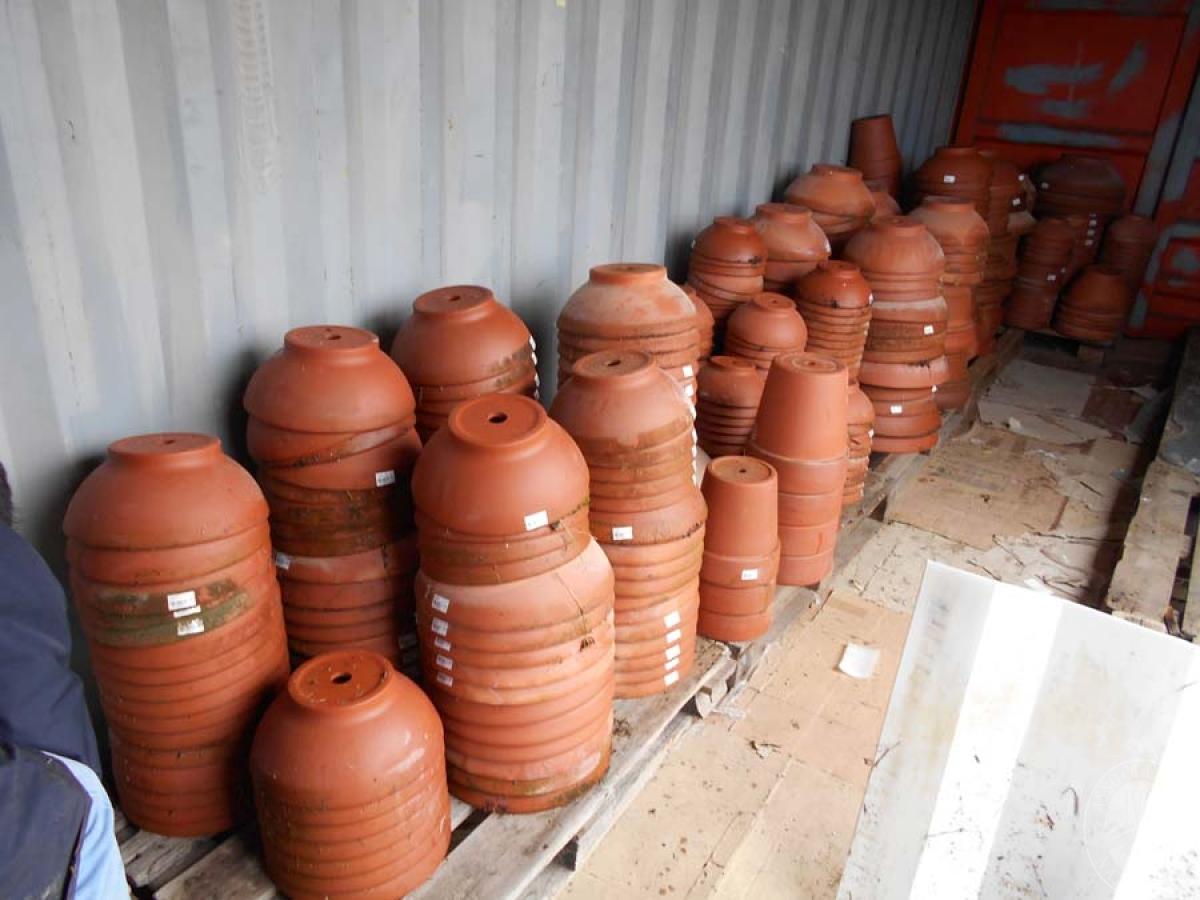 Lotto 4A) N. 500 vasi in terracotta     GARA ONLINE 18 GIUGNO 2021