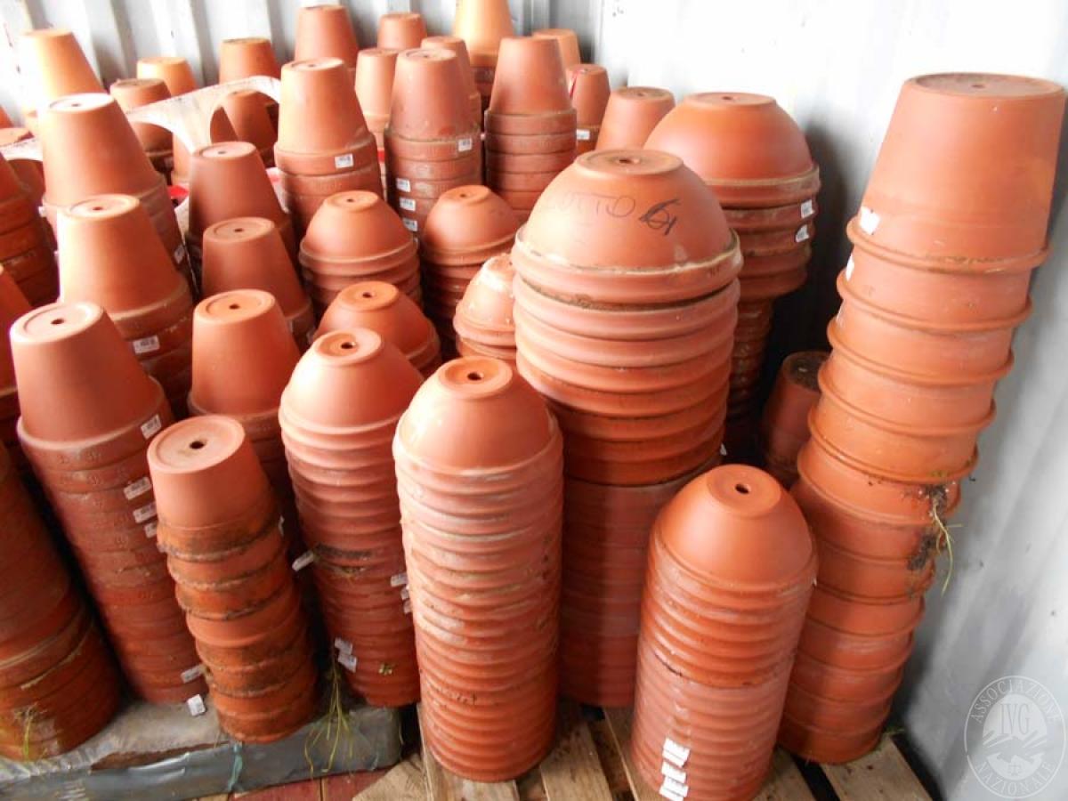 Lotto 4E) N. 500 vasi in terracotta     GARA ONLINE 18 GIUGNO 2021