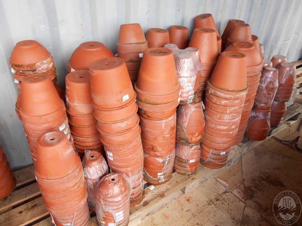 Lotto 4F) N. 500 vasi in terracotta     GARA ONLINE 18 GIUGNO 2021