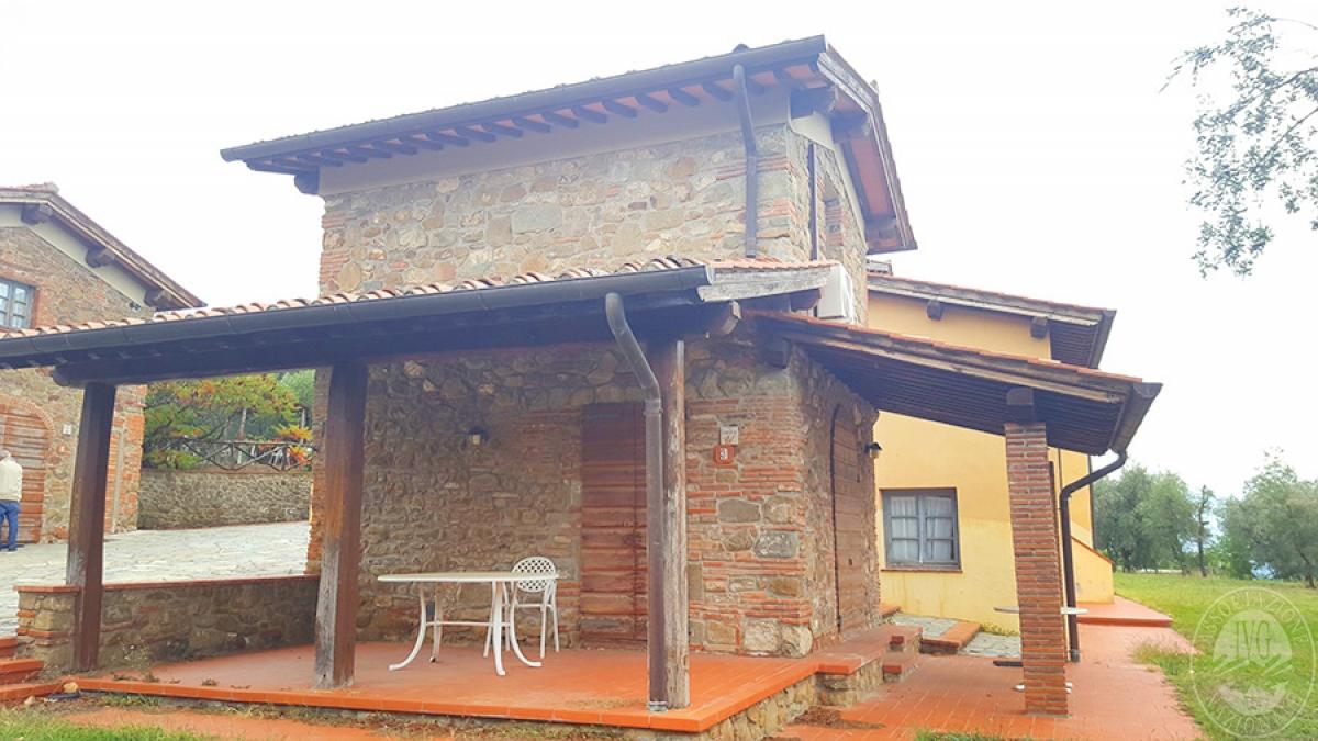 Borgo a CAVRIGLIA in loc. Fontebussi - Lotto 2 7