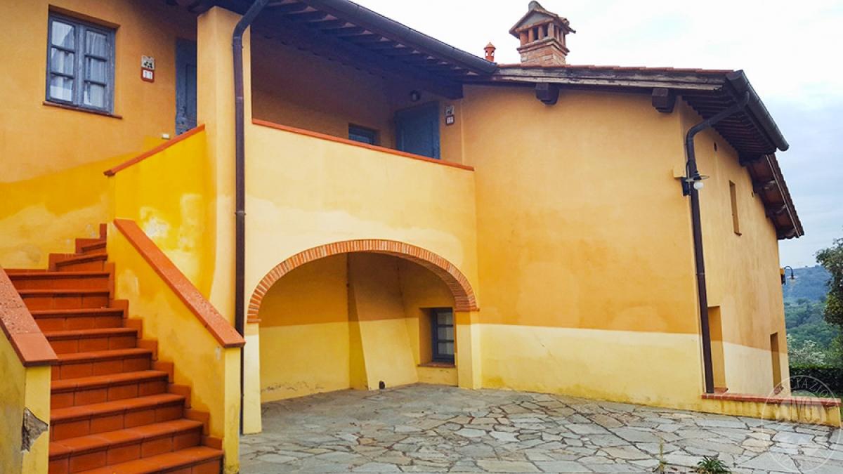 Borgo a CAVRIGLIA in loc. Fontebussi - Lotto 2 24