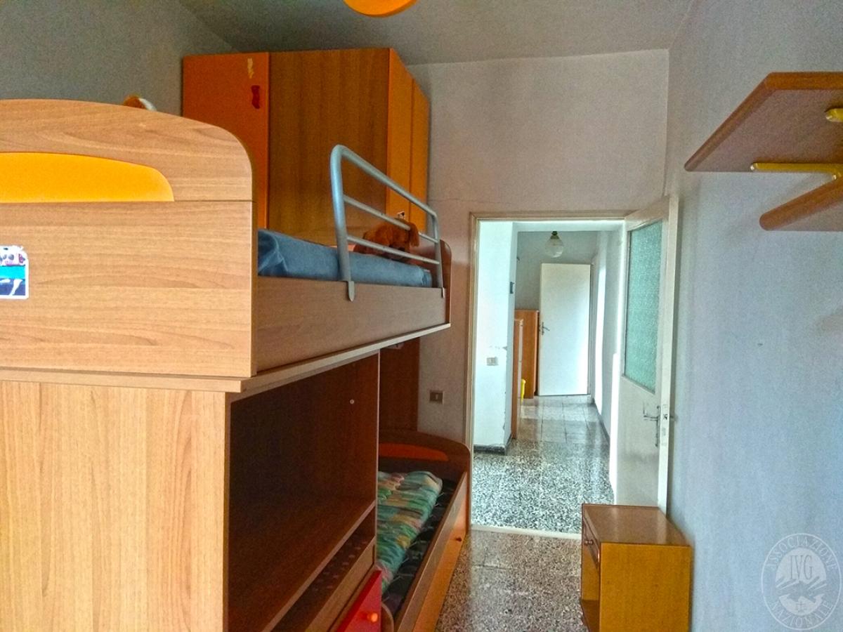 Appartamento e magazzino a CASOLE D'ELSA in Via della Suvera 26
