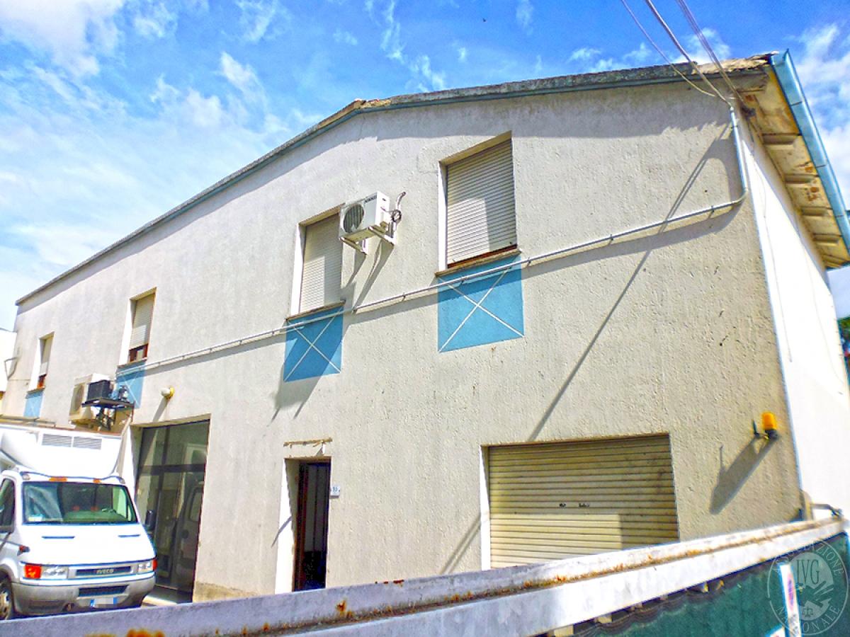 Magazzino e uffici a MARCIANO DELLA CHIANA in loc. Cesa - Lotto 6