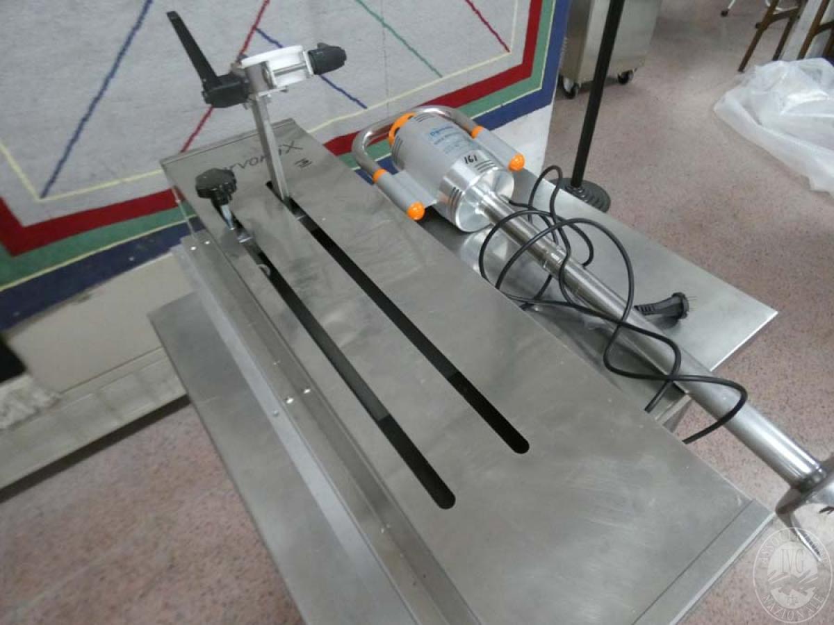 Rif. 161) Frullatore ad immersione con supporto    GARA ONLINE 21 MAGGIO 2021 5