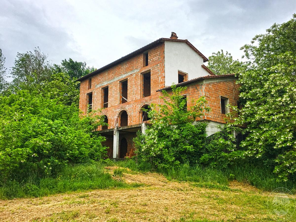 Appartamenti e terreni a Castiglion Fiorentino in località Manciano - Lotto 2