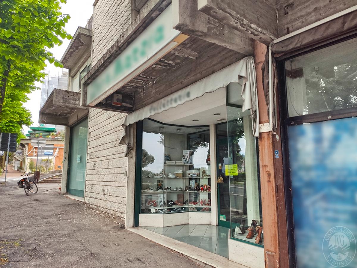 Locale commerciale a CHIANCIANO TERME in Viale della Libertà - Lotto 1