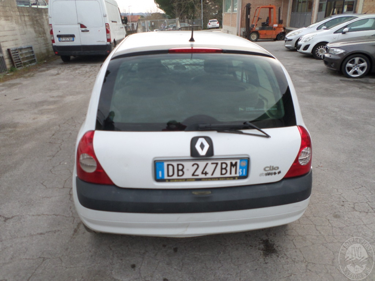 Rif. 2) Autocarro Renault Clio     GARA ONLINE 24 SETTEMBRE 2021 0