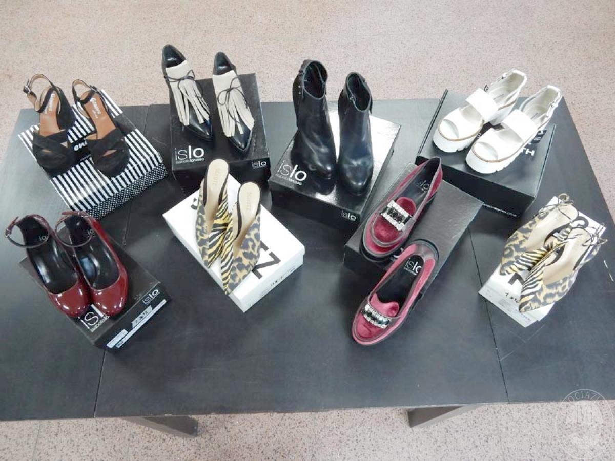 Lotto 1) N. 8 paia di scarpe da donna    GARA ONLINE 12 NOVEMBRE 2021