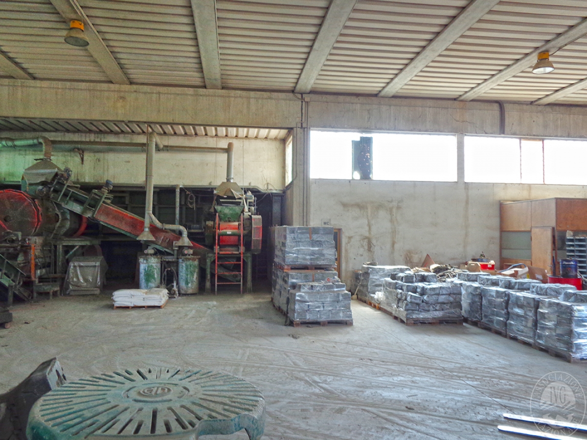 Laboratori e terreni a Trequanda in località Madonnino dei Monti 9