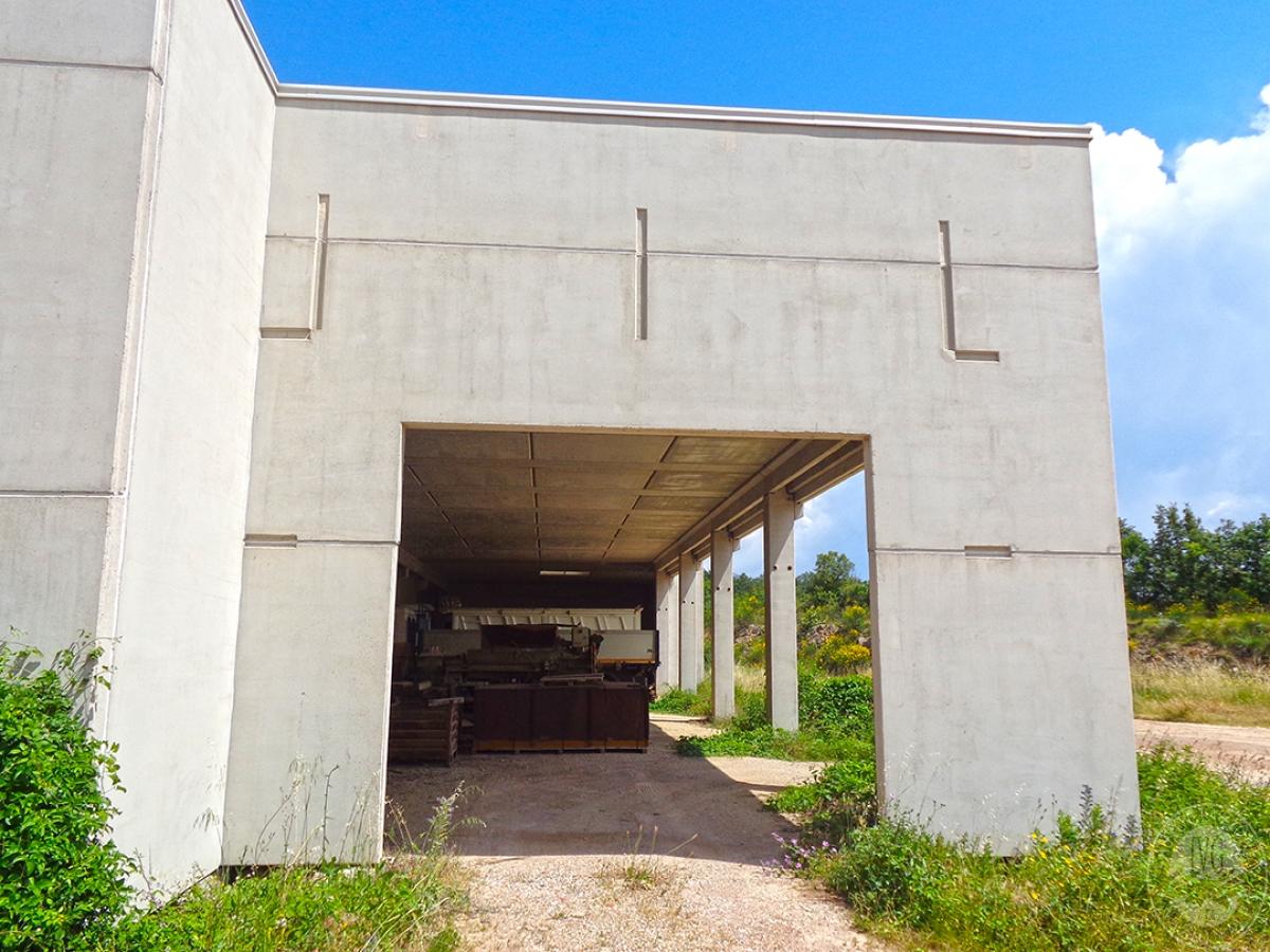 Laboratori e terreni a Trequanda in località Madonnino dei Monti 12