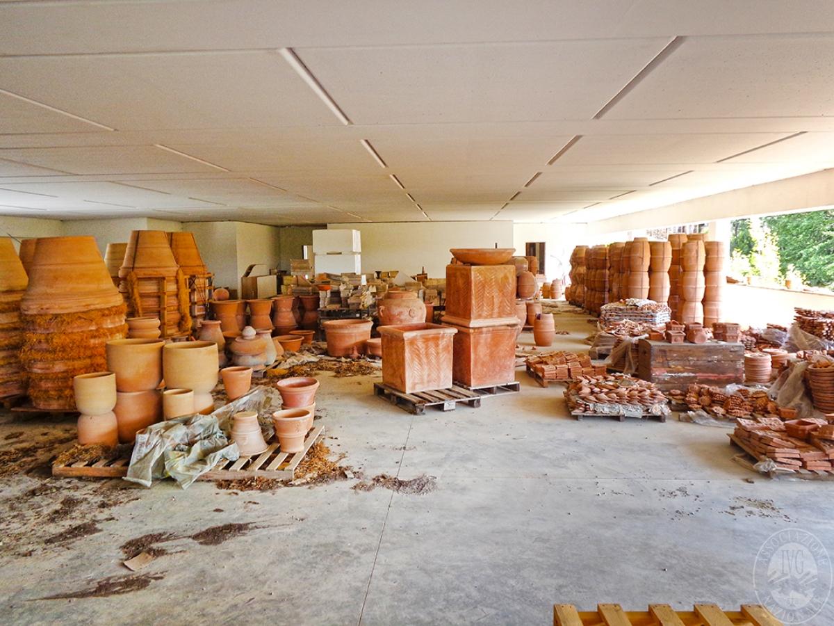 Laboratori e terreni a Trequanda in località Madonnino dei Monti 22