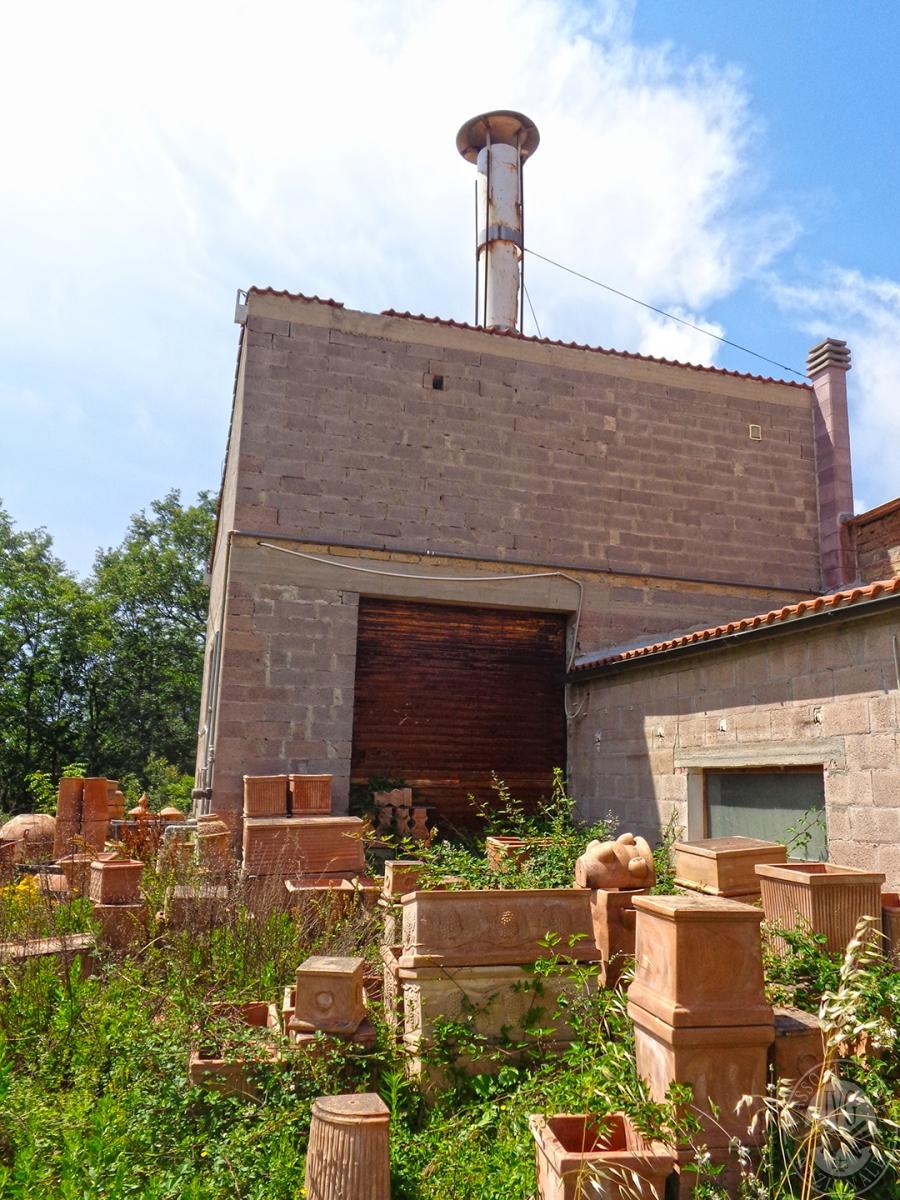 Laboratori e terreni a Trequanda in località Madonnino dei Monti 35