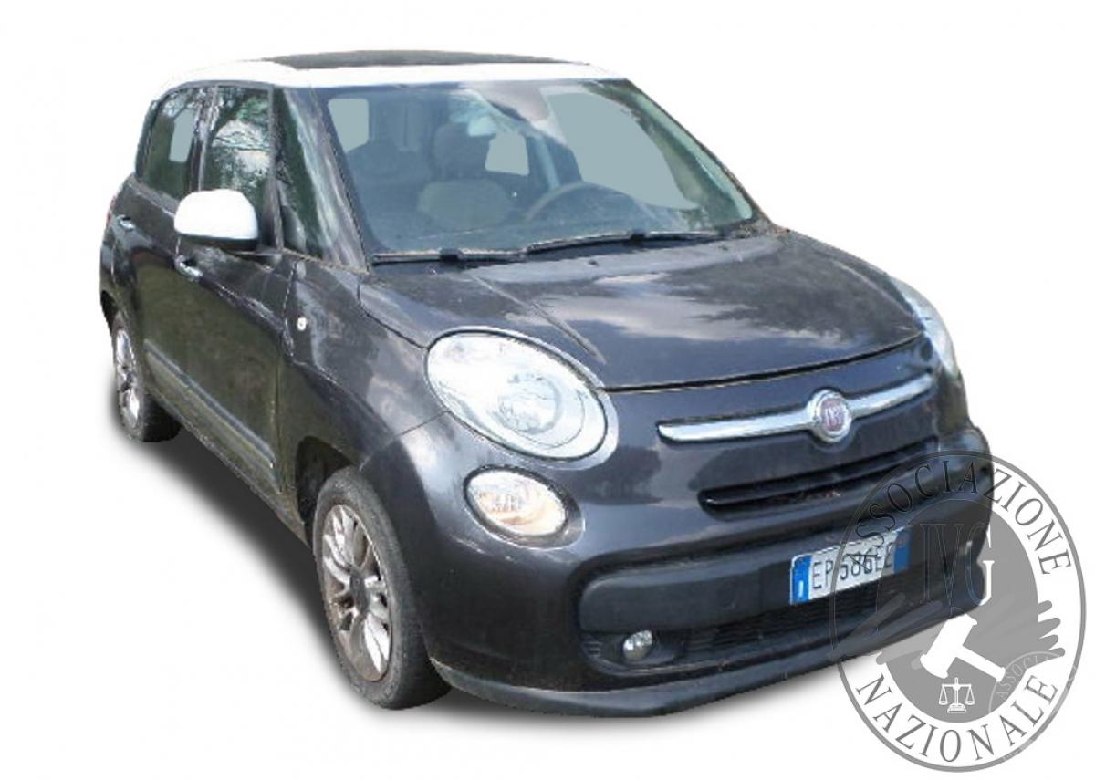 Fiat 500L anno 2013   GARA DI VENDITA 22 OTTOBRE 2021