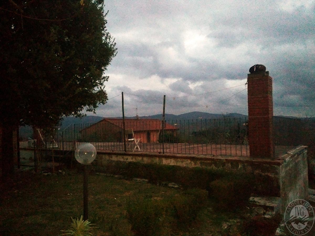 Appartamento, depositi, terreni a COLLE DI VAL D'ELSA in loc. San Martino in Lano 1