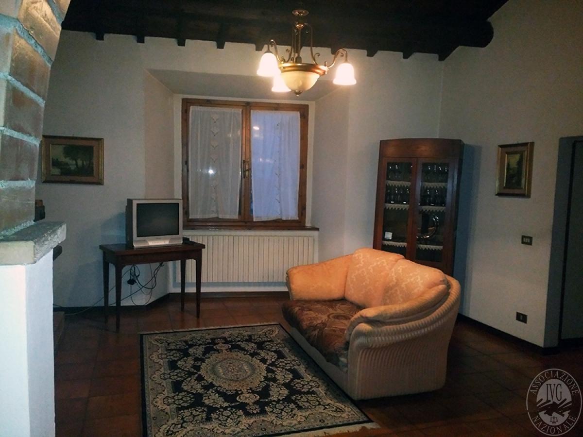 Appartamento, depositi, terreni a COLLE DI VAL D'ELSA in loc. San Martino in Lano 3