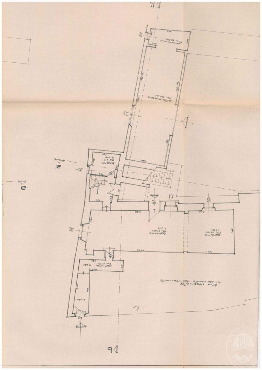 Appartamento, depositi, terreni a COLLE DI VAL D'ELSA in loc. San Martino in Lano 15