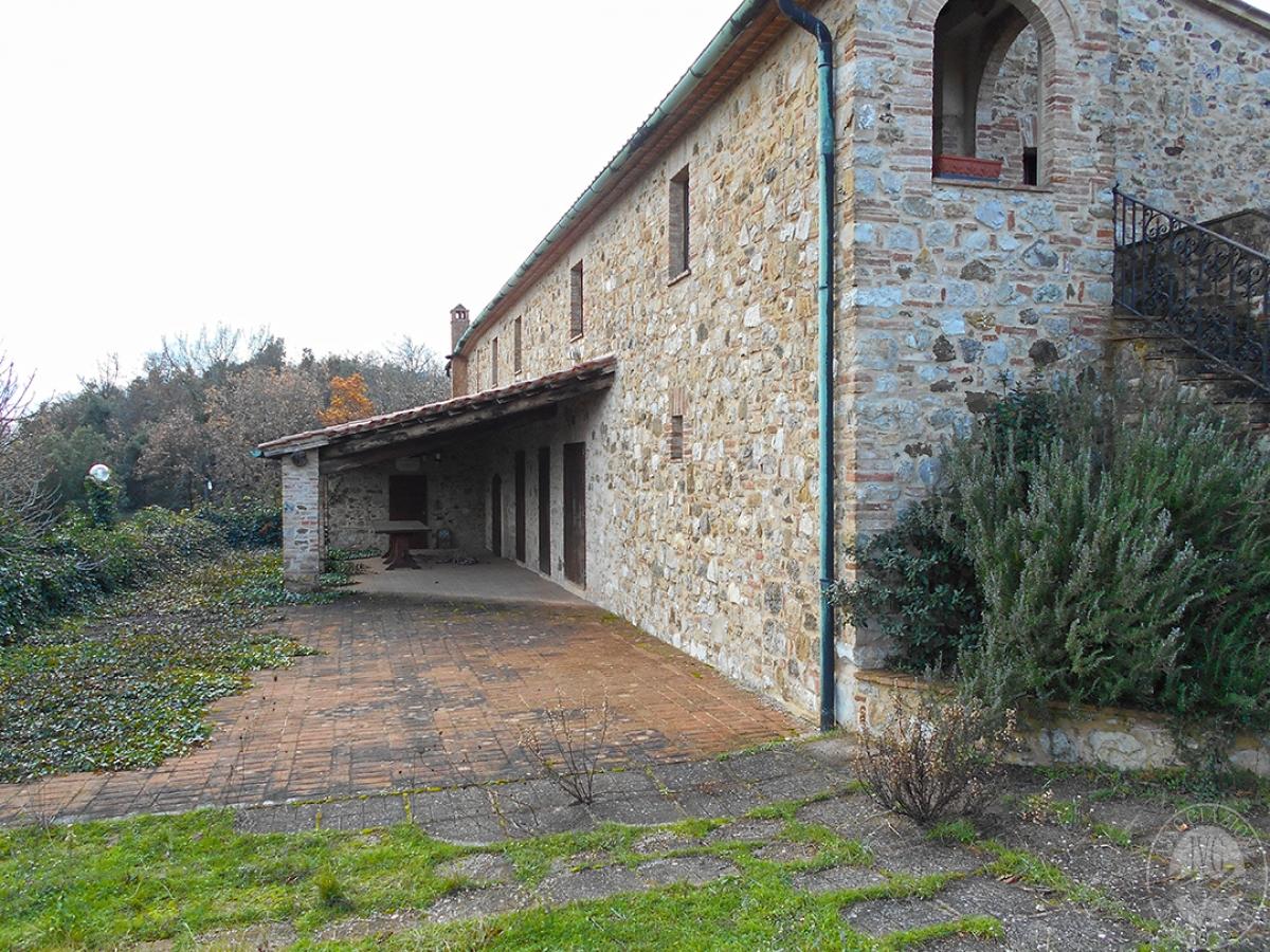 Appartamenti e terreni a Casole d'Elsa in Loc. Monatuto 3