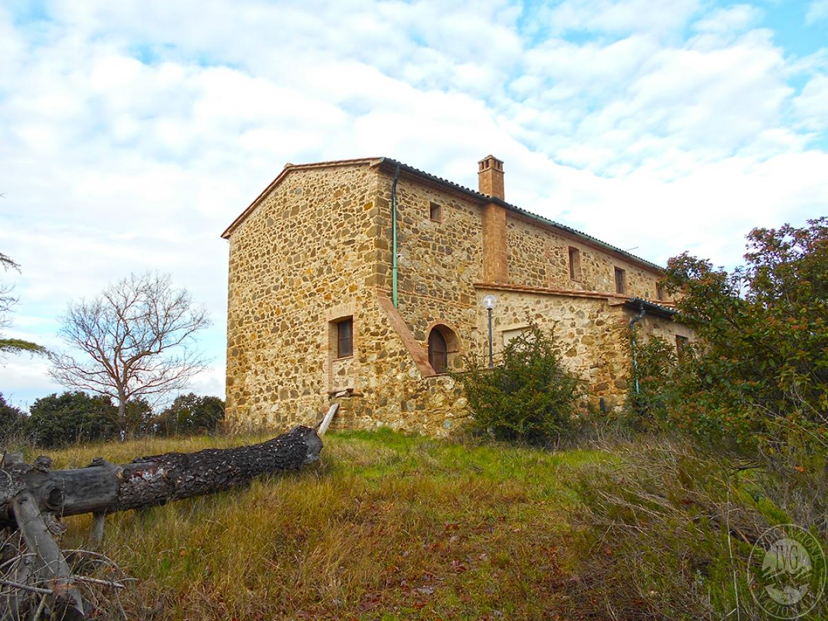 Appartamenti e terreni a Casole d'Elsa in Loc. Monatuto 6