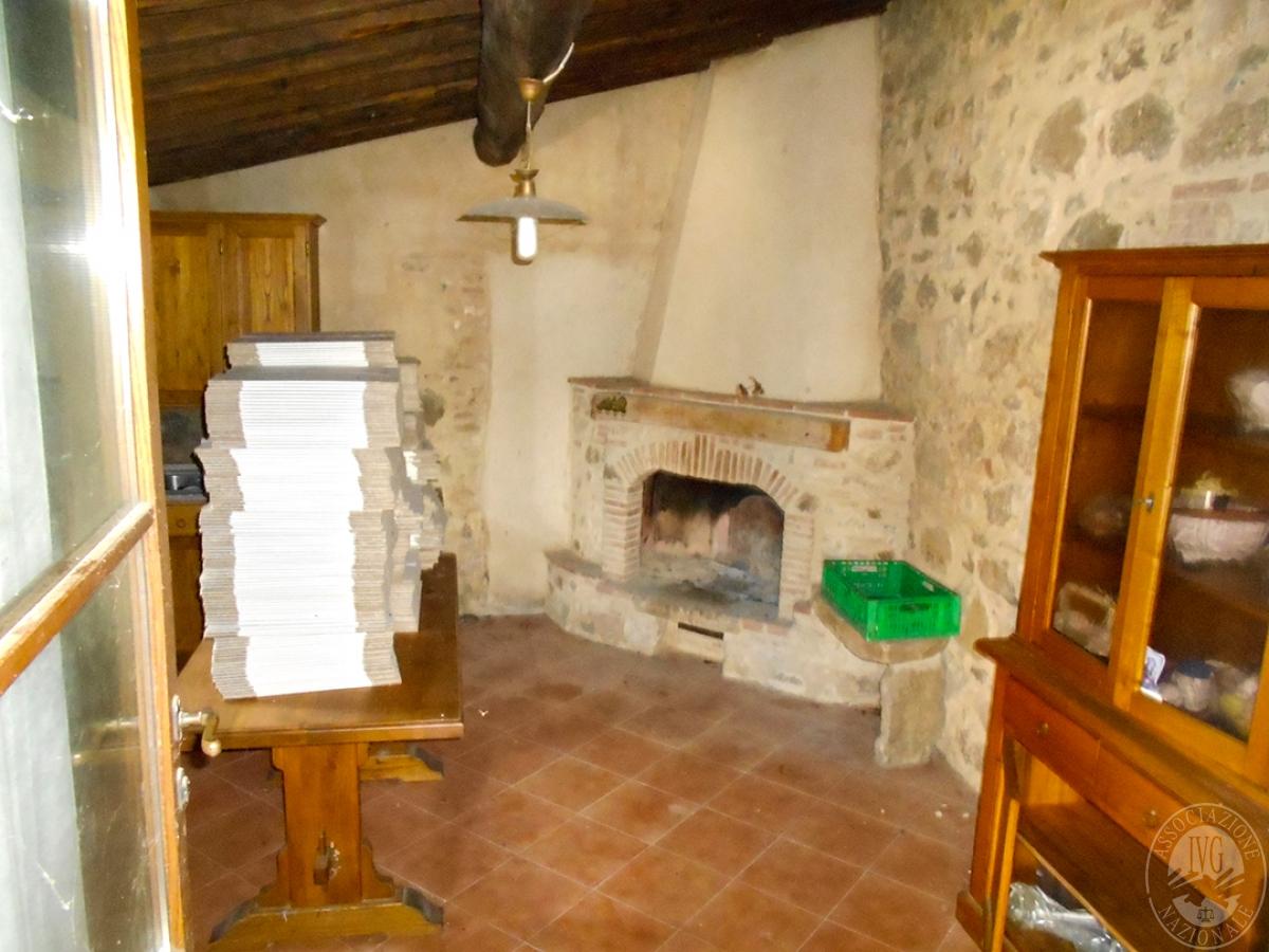 Appartamenti e terreni a Casole d'Elsa in Loc. Monatuto 24
