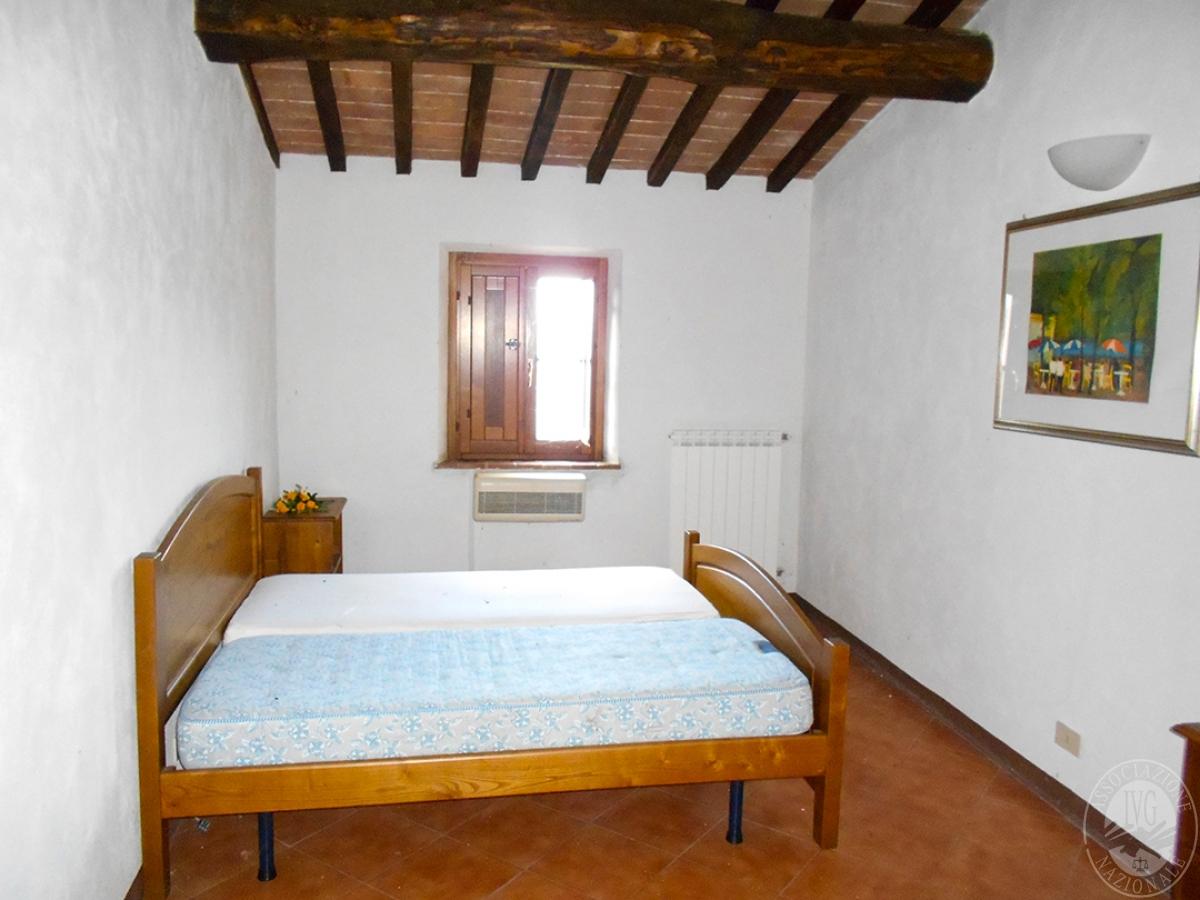 Appartamenti e terreni a Casole d'Elsa in Loc. Monatuto 27