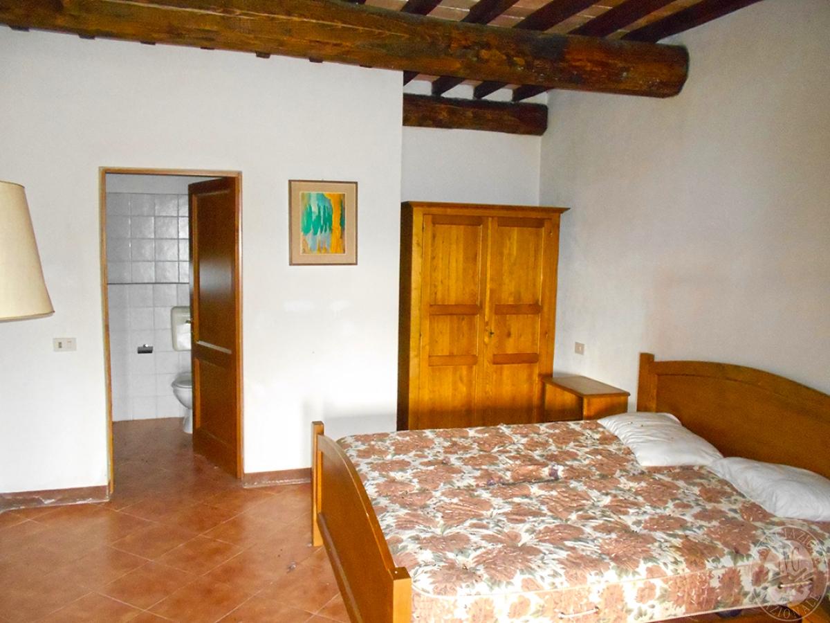 Appartamenti e terreni a Casole d'Elsa in Loc. Monatuto 29