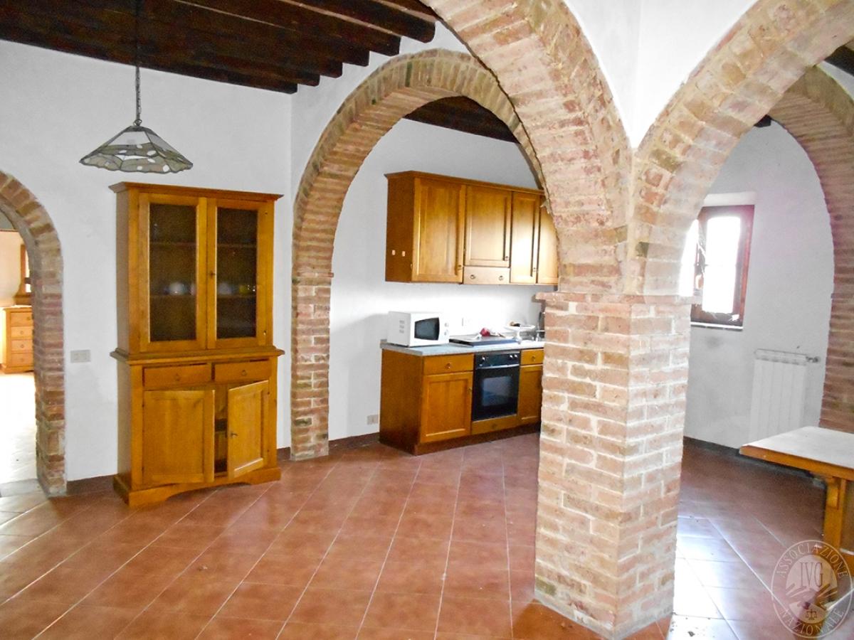 Appartamenti e terreni a Casole d'Elsa in Loc. Monatuto 30