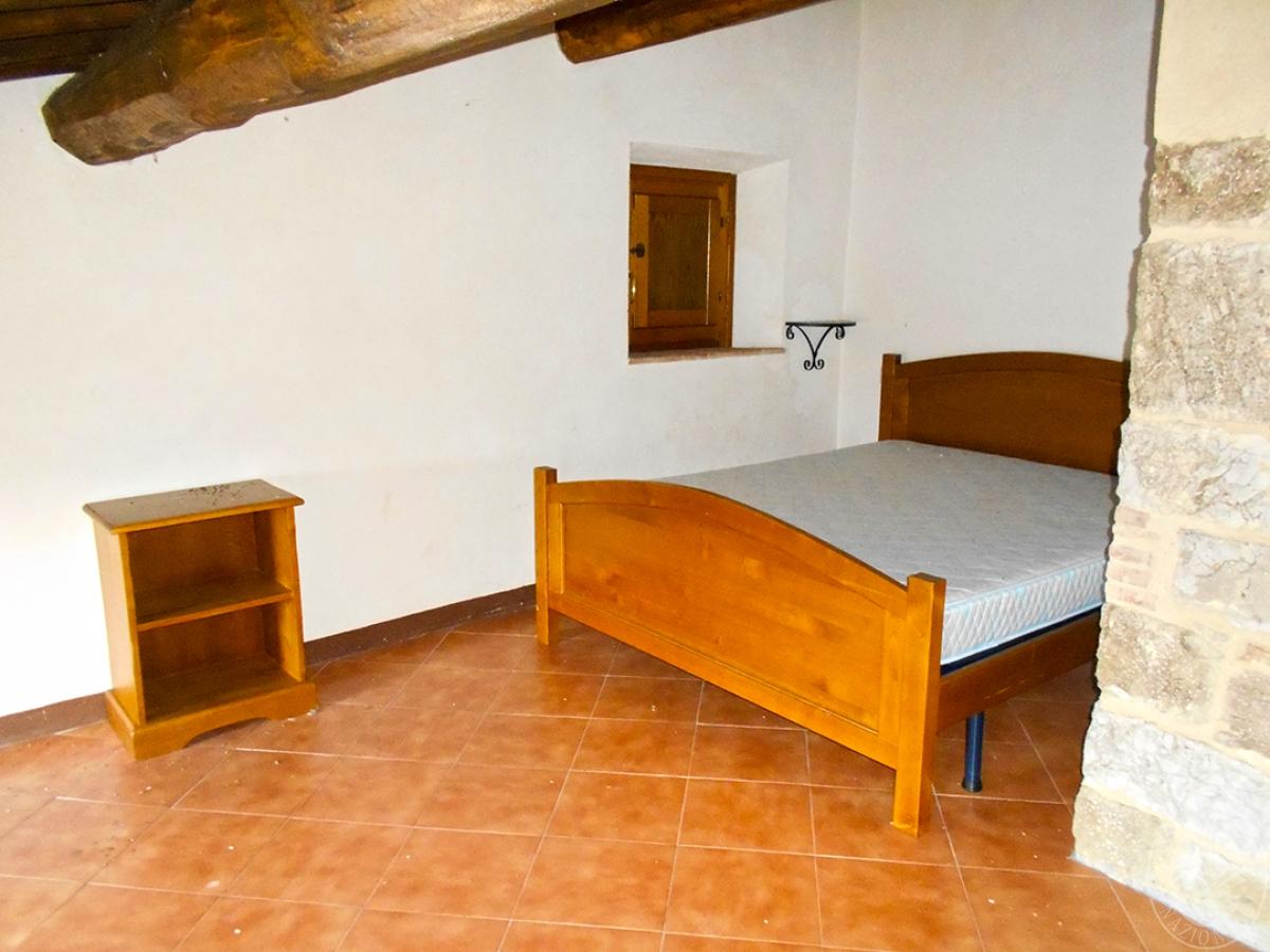 Appartamenti e terreni a Casole d'Elsa in Loc. Monatuto 37