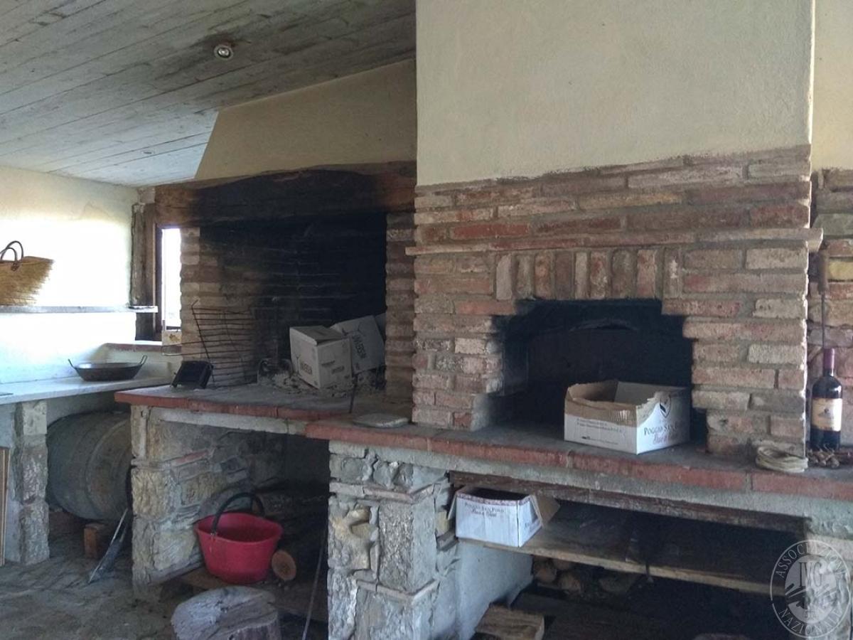 Fabbricato agricolo a Gaiole in Chianti in Loc. Poggio San Polo 9