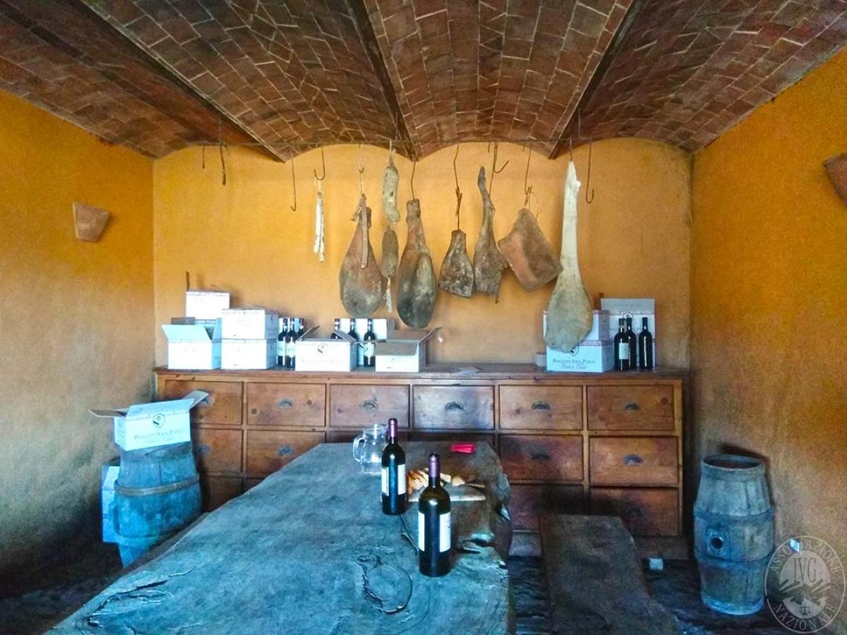 Fabbricato agricolo a Gaiole in Chianti in Loc. Poggio San Polo 10