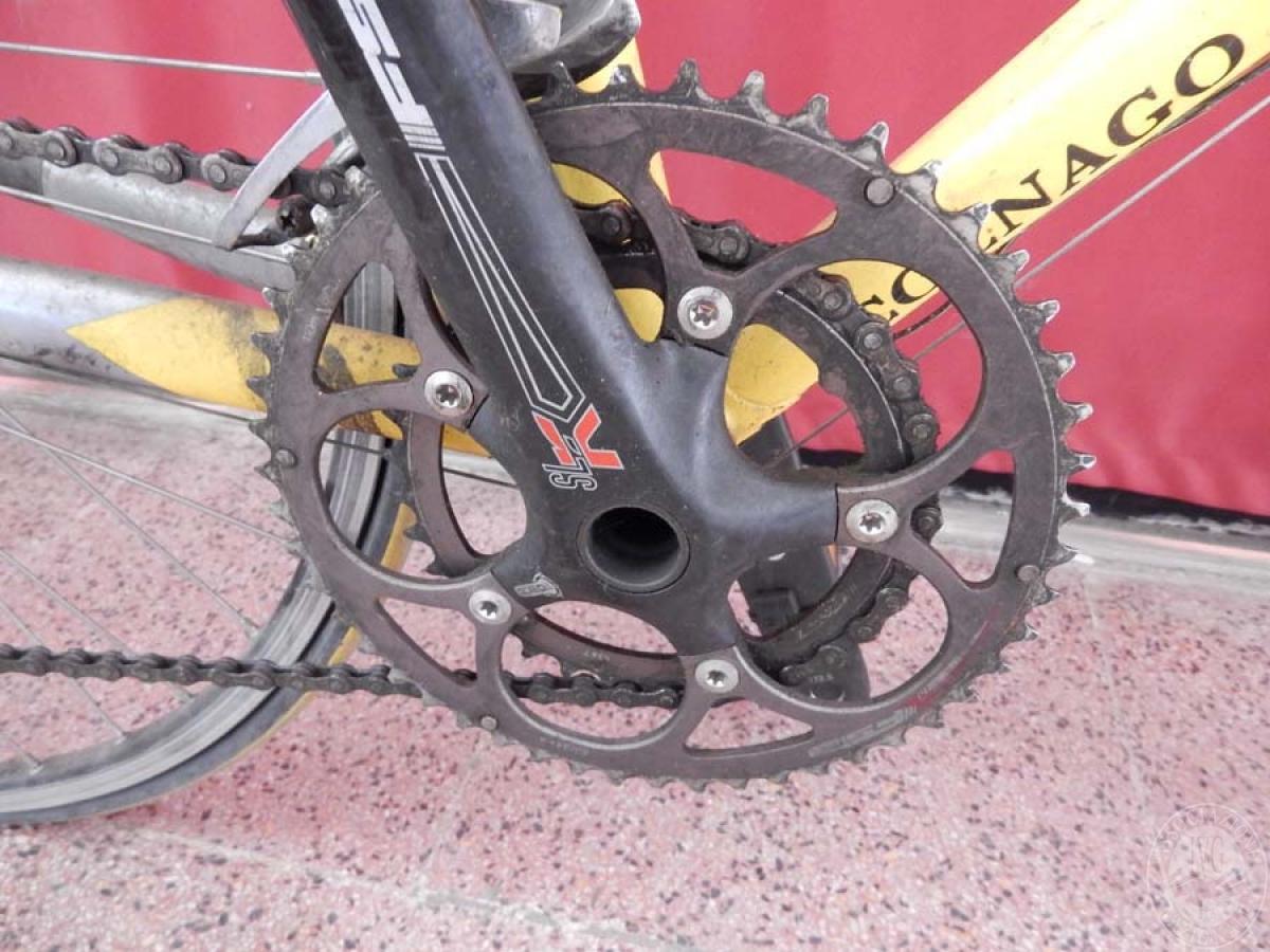Bicicletta da corsa colore giallo    GARA ONNLINE 1 OTTOBRE 2021 1
