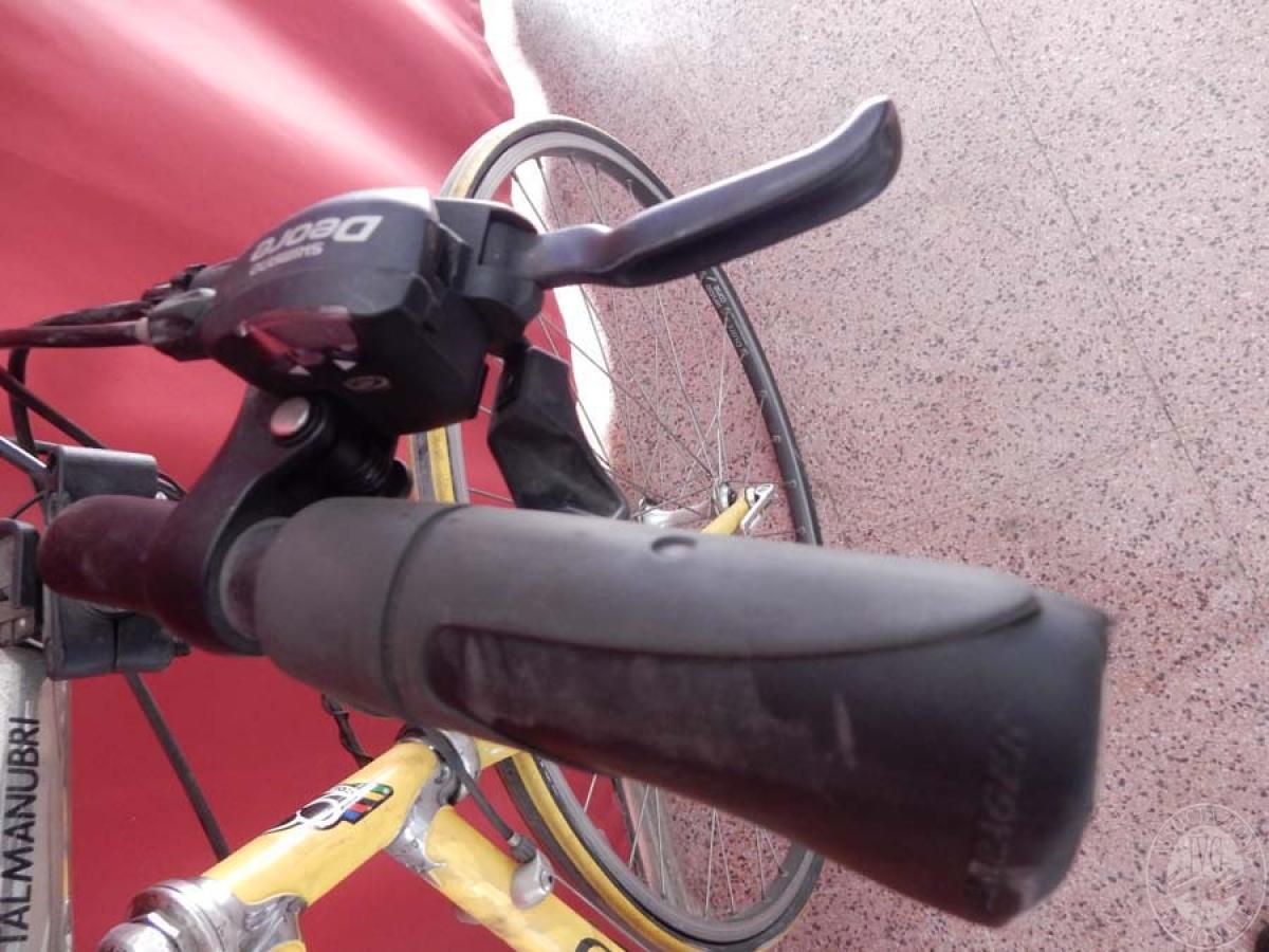 Bicicletta da corsa colore giallo    GARA ONNLINE 1 OTTOBRE 2021 4