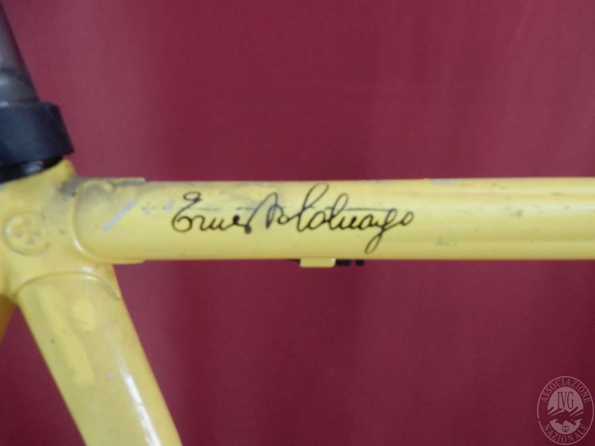Bicicletta da corsa colore giallo    GARA ONNLINE 1 OTTOBRE 2021 3