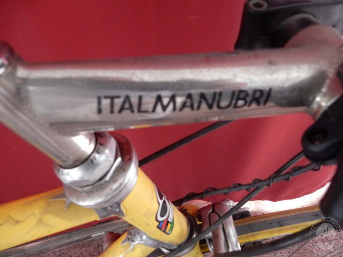 Bicicletta da corsa colore giallo    GARA ONNLINE 1 OTTOBRE 2021 8