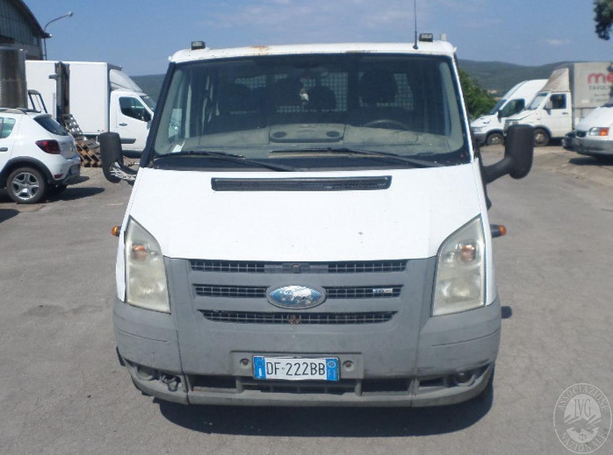 Autocarro Ford Transit con cassone ribaltabile trilaterale  GARA ONLINE 22 OTTOBRE 2021 0