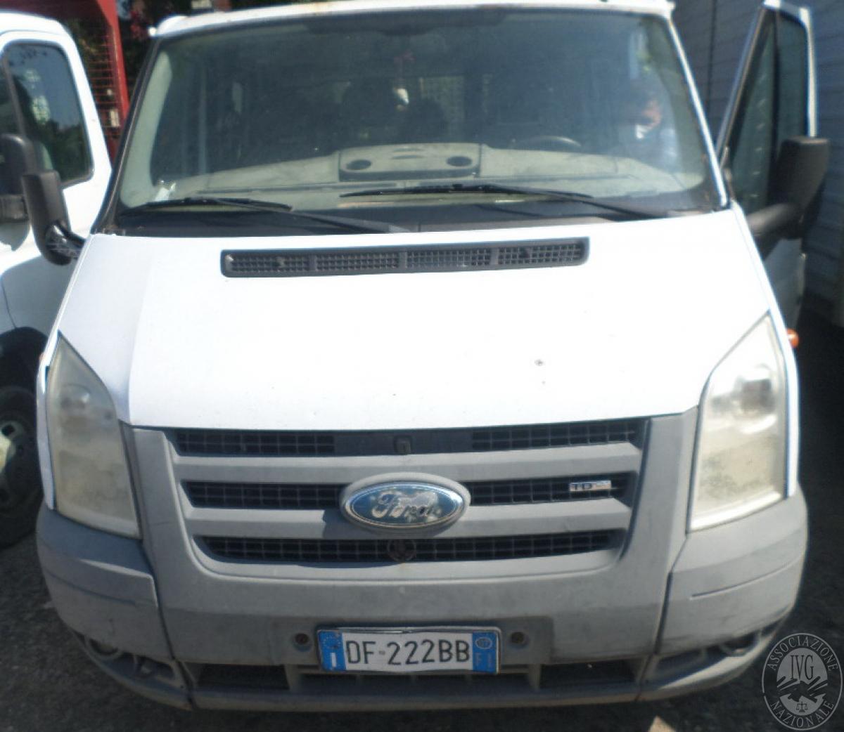 Autocarro Ford Transit con cassone ribaltabile trilaterale  GARA ONLINE 22 OTTOBRE 2021 15