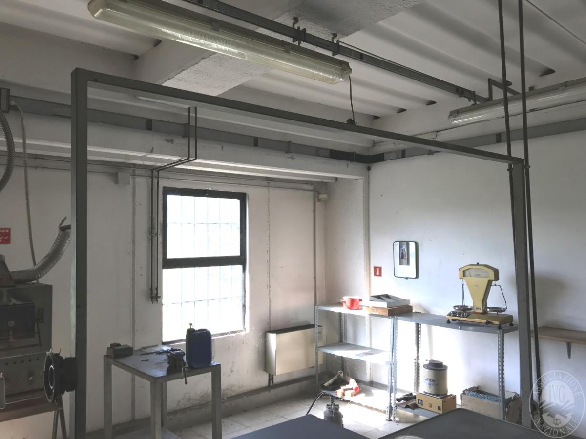 Laboratorio artigianale a CASTIGLION FIBOCCHI, via SETTE PONTI 6