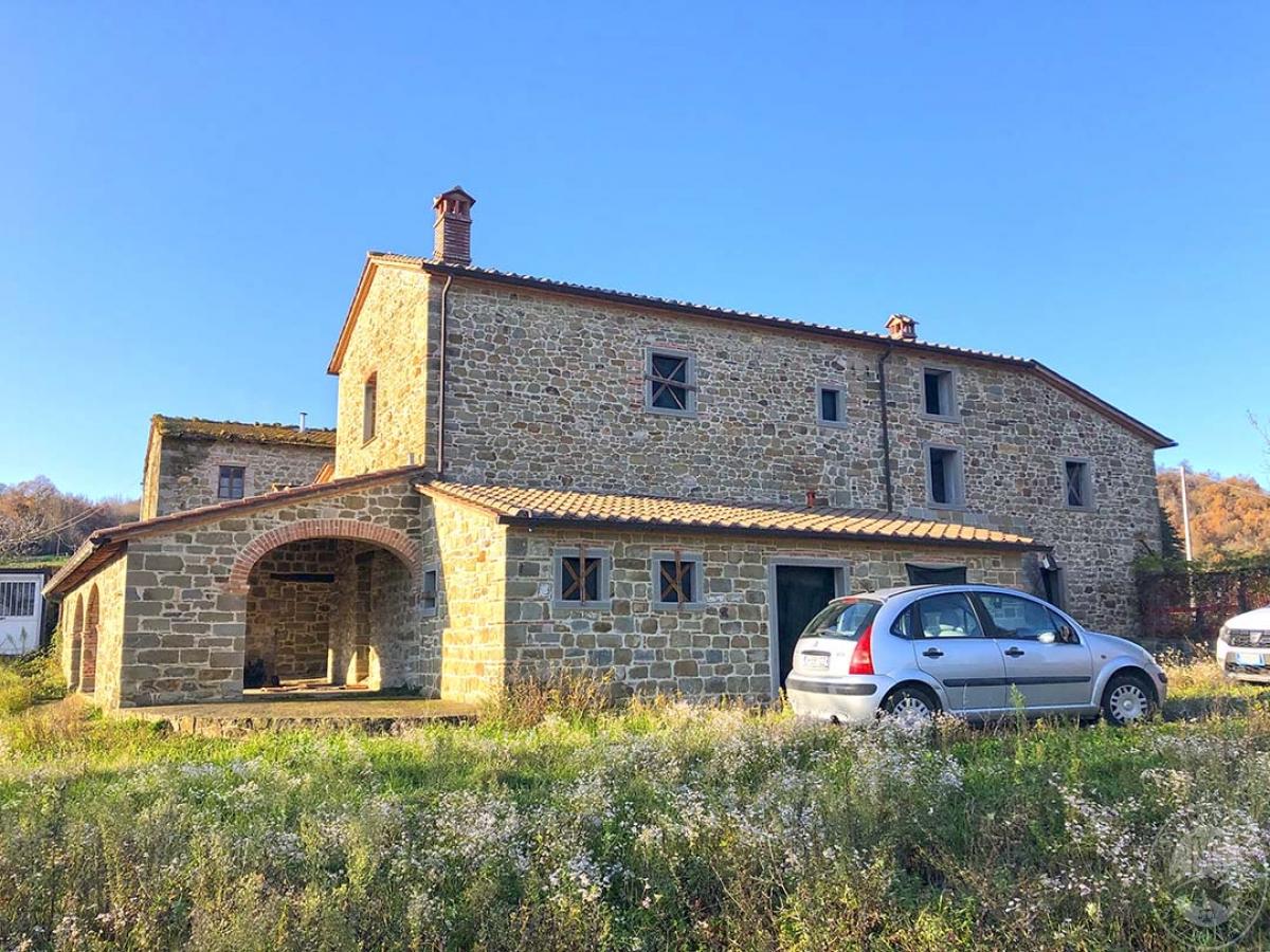 Fabbricati in costruzione a Pratovecchio Stia in località Collina