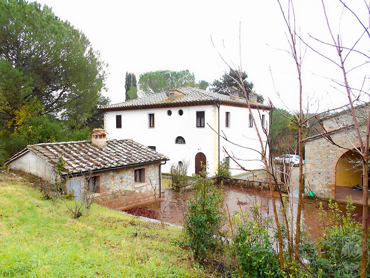 Complesso immobiliare a Castellina in Chianti in località Casanuova dei Carfini - Lotto 1