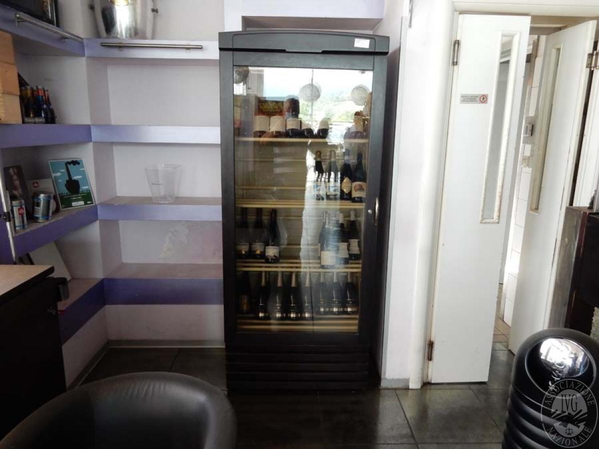 Lotto 34) Armadio frigorifero ENOFRIGO      GARA ONLINE 29 NOVEMBRE 2021