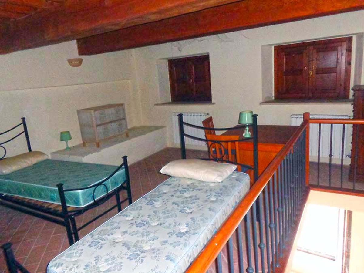 Appartamento in strada provinciale della Badia di Sant'Antimo a Montalcino 6